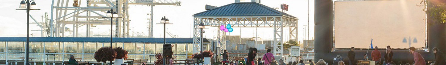 Image of Summer at Jack London Square features free movies at the waterfront