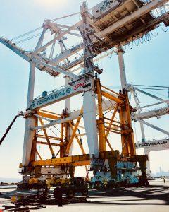 raising a container crane